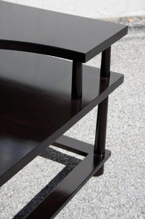 Mid-Century Modern T.H.Robsjohn-Gibbings for Widdicomb Corner Table For Sale