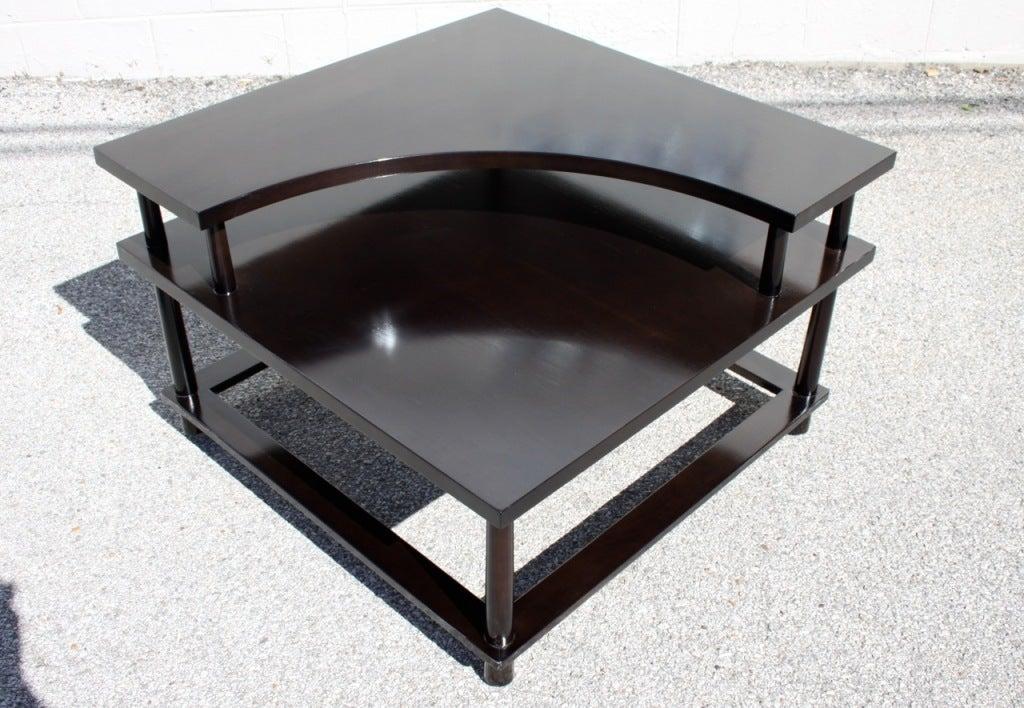 Walnut T.H.Robsjohn-Gibbings for Widdicomb Corner Table For Sale