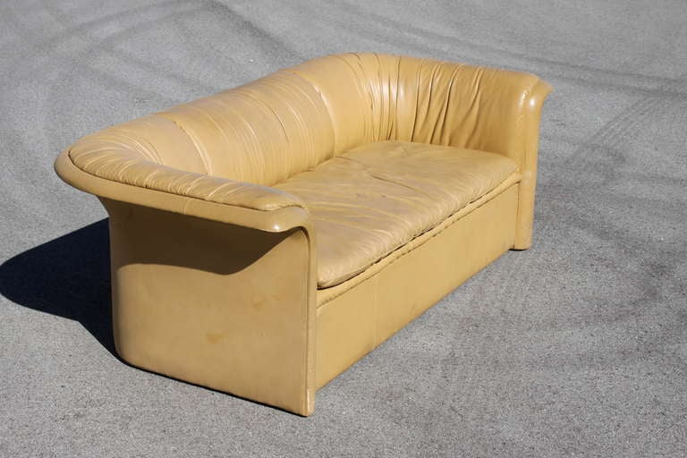 Dunbar Leather Sofa by Dennis Christiansen, circa 1970s 5