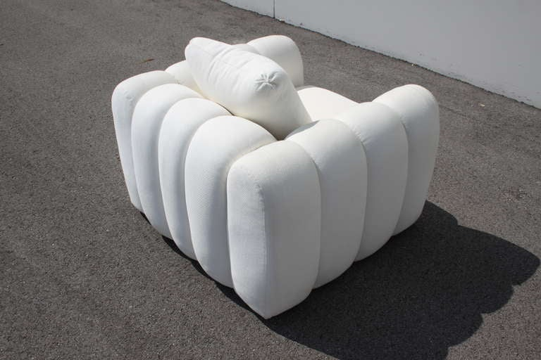 Channeled Jay Spectre White Club Chairs for Century Furniture, circa 1970s, Pair For Sale 1