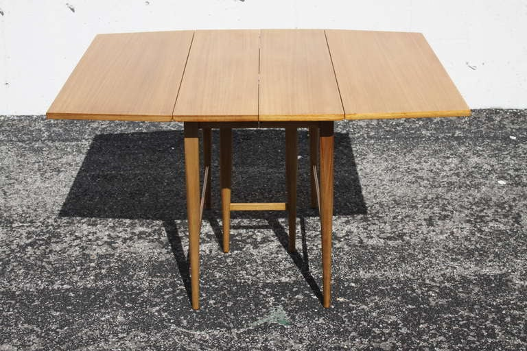 McCobb Drop-Leaf Dining Table with Three Leaves 6