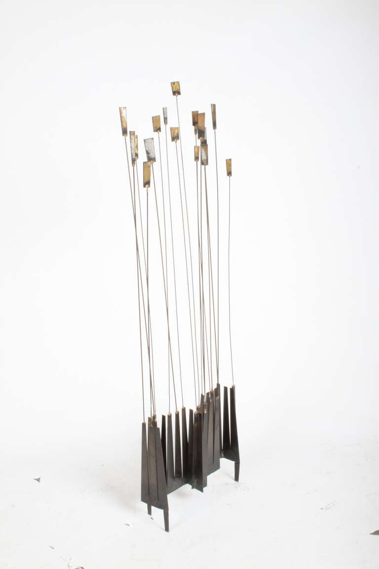 Kinetic Mid-Century Floor Sculpture by New York Artist William Bowie For Sale 3