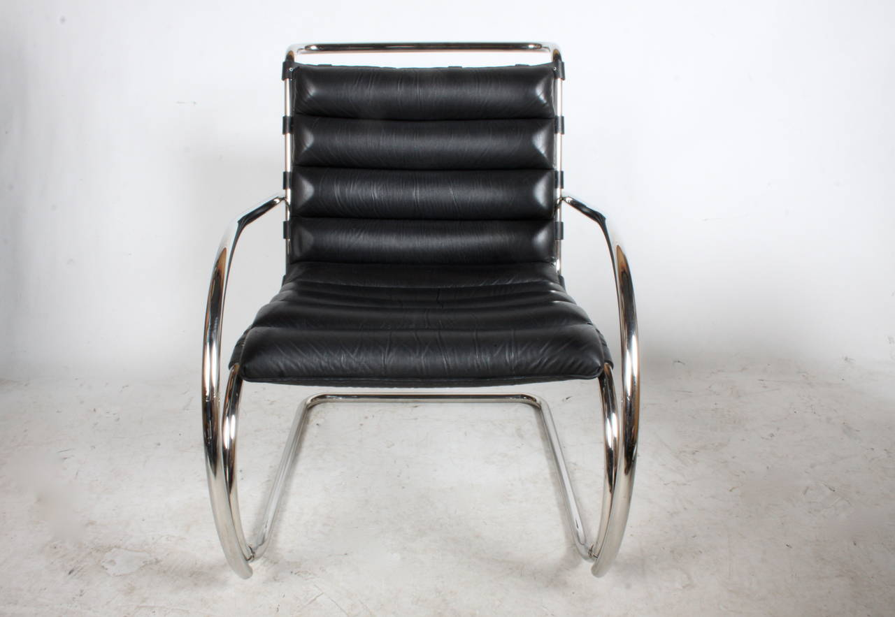 Pair Of Black Leather Mies Van Der Rohe MR Lounge Chairs For Sale At 1stdibs