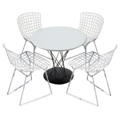 Noguchi child's table with 4 Bertoia children's chairs