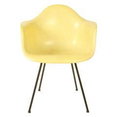 Eames Zenith Shell arm chair