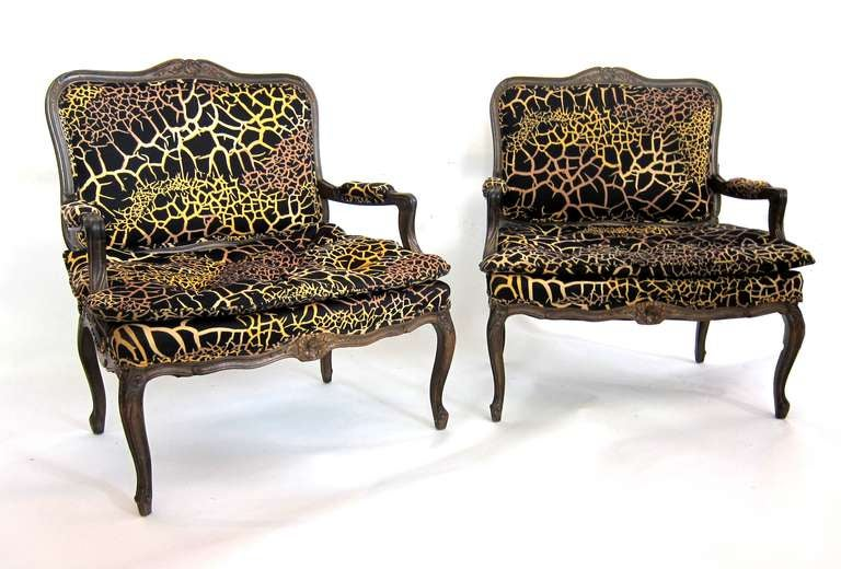 pair of louis xv style extra large armchairs fauteuil at 1stdibs. Black Bedroom Furniture Sets. Home Design Ideas