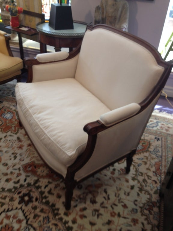 French Louis XVI Style Bergere In Excellent Condition For Sale In Sarasota, FL
