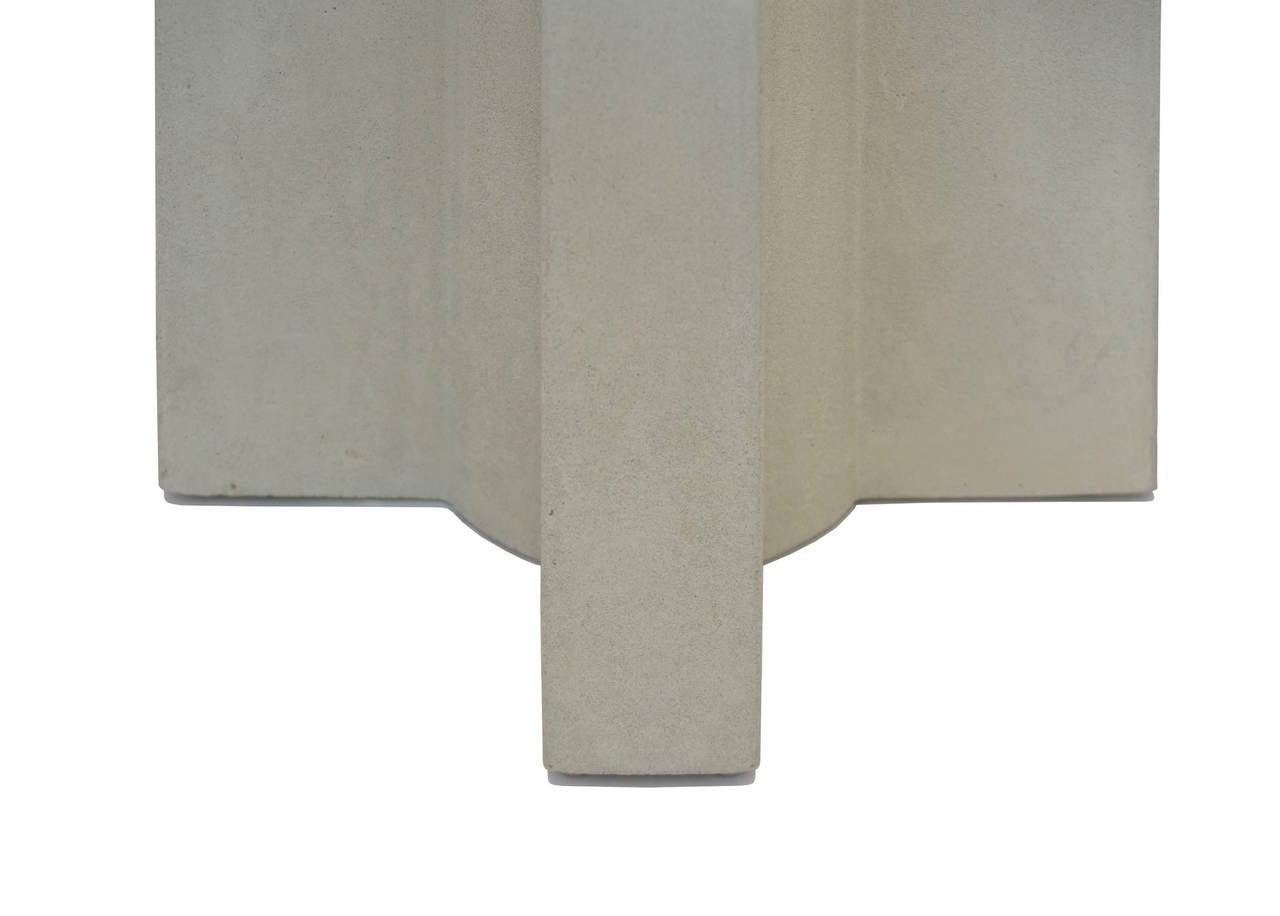 Californian II Cast Concrete Planter 3