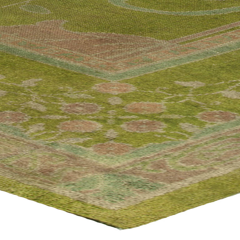 Arts And Crafts Voysey Donegal Rug In Stunning Green At