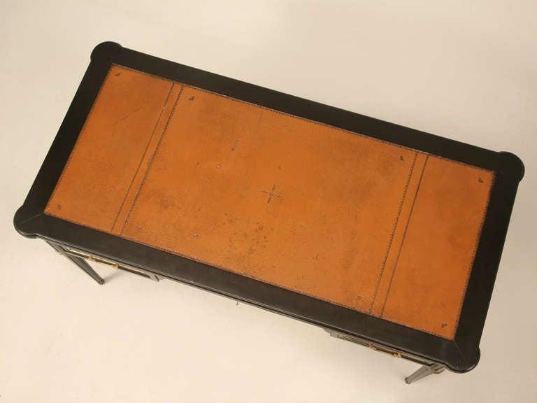 French louis xvi ebonized mahogany desk or bureau plat for Bureau original