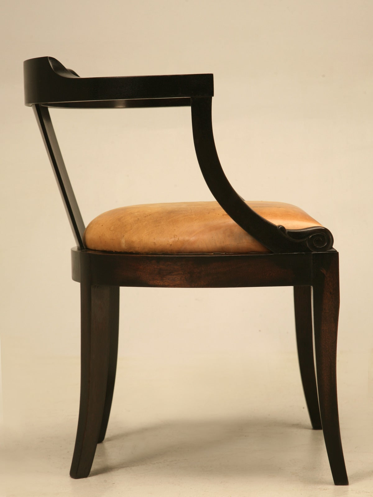 French Ebonized Mahogany Antique Desk Chair with a Leather Seat Cushion For Sale 5