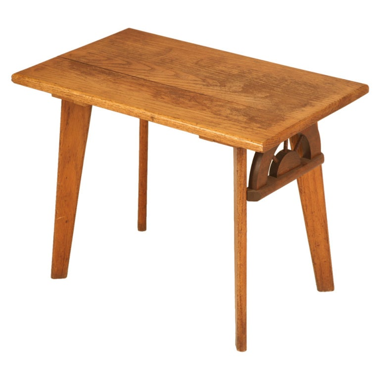 Vintage American Ranch Oak Side/End Table w/Wagon Wheel Design at 1stdibs