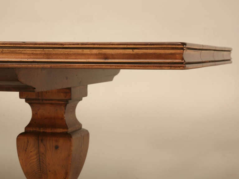 French Style Trestle Dining Table Made in Chicago by Old Plank In Excellent Condition For Sale In Chicago, IL
