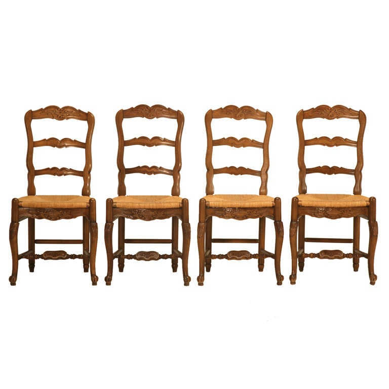 Set Of 4 Vintage Country French Solid Wanut Ladderback