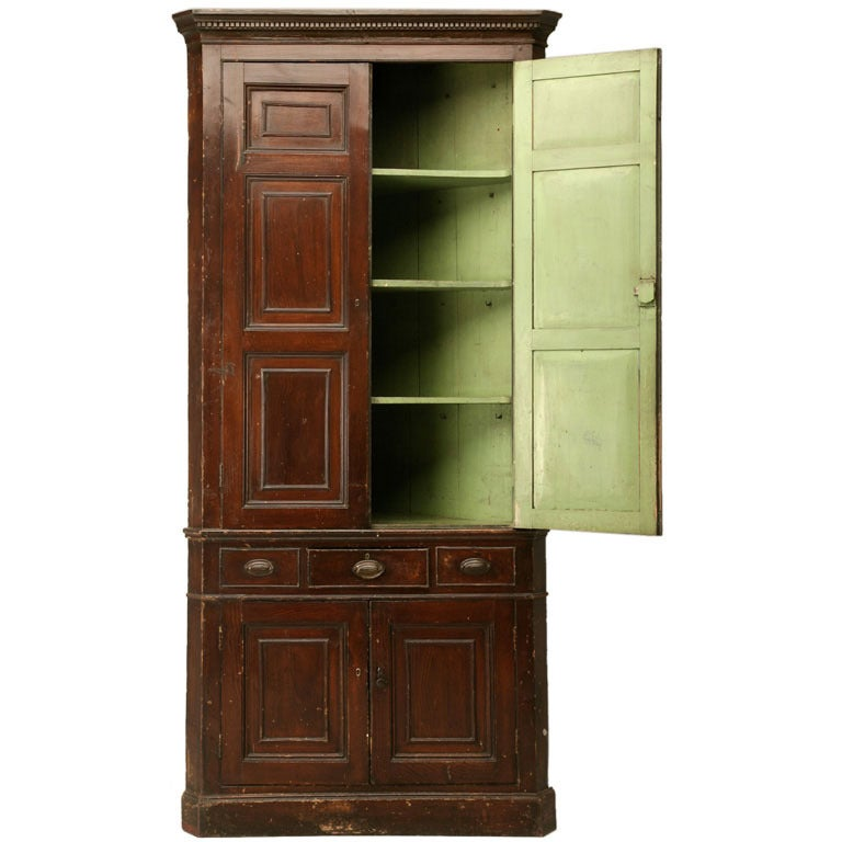 Antique English Georgian Faux Grained Pine Corner Cupboard, circa 1780 1 - Antique English Georgian Faux Grained Pine Corner Cupboard, Circa