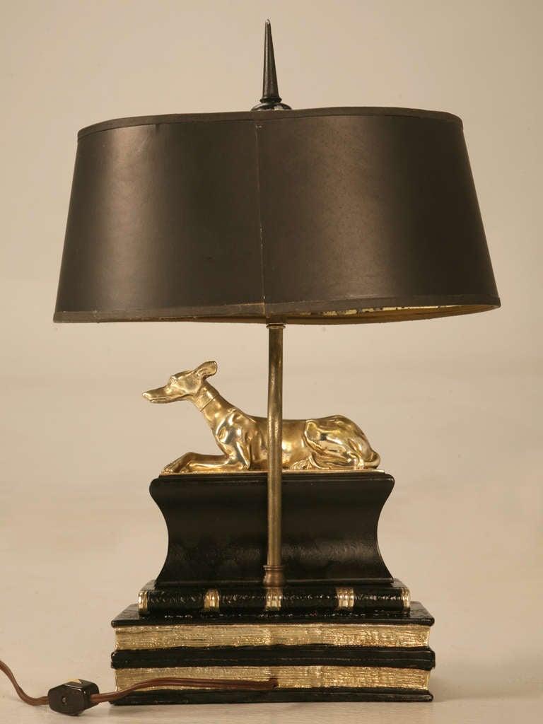 stately vintage chapman desk or table lamp w statuesque. Black Bedroom Furniture Sets. Home Design Ideas