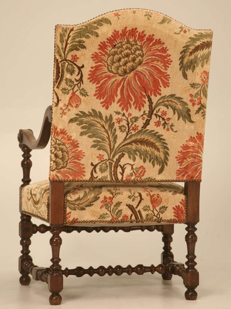 Magnificent Antique French Throne Chair w/Carved Ram Heads For Sale 6