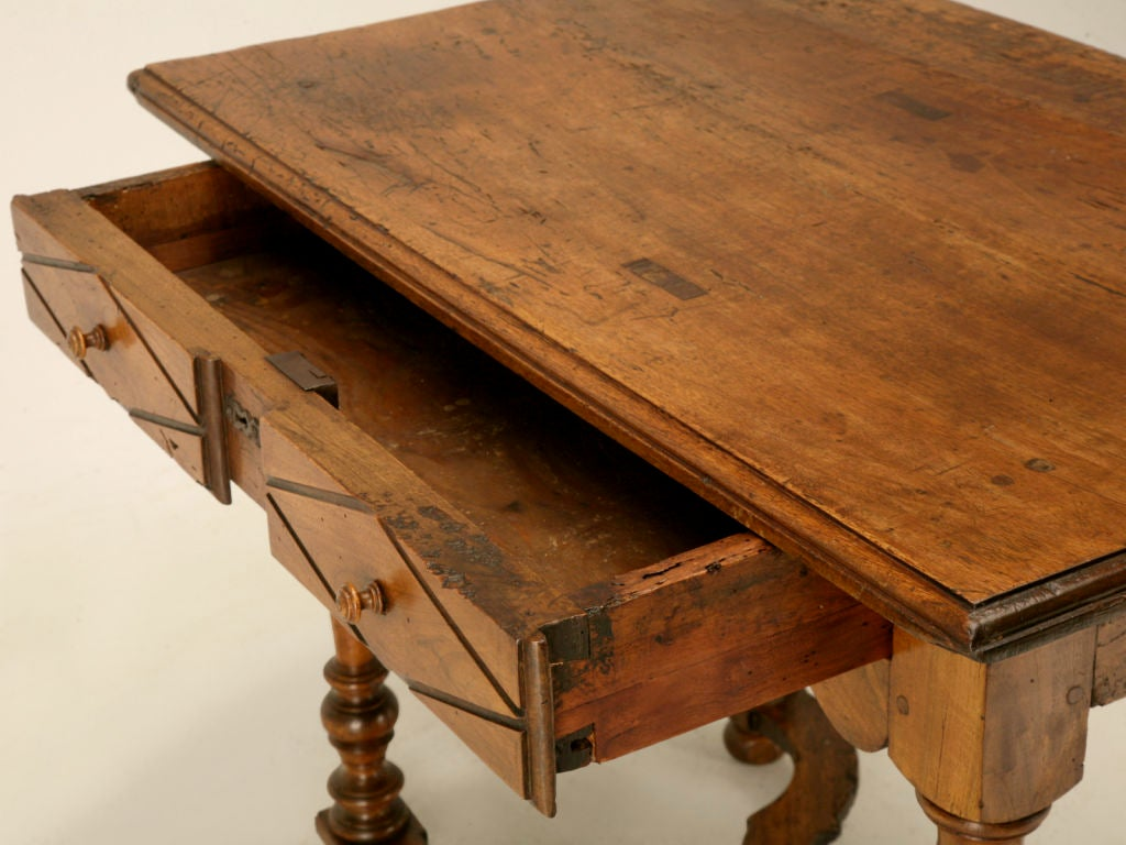 18th C. Antique French Fruitwood Writing Table with Drawer In Good Condition For Sale In Chicago, IL