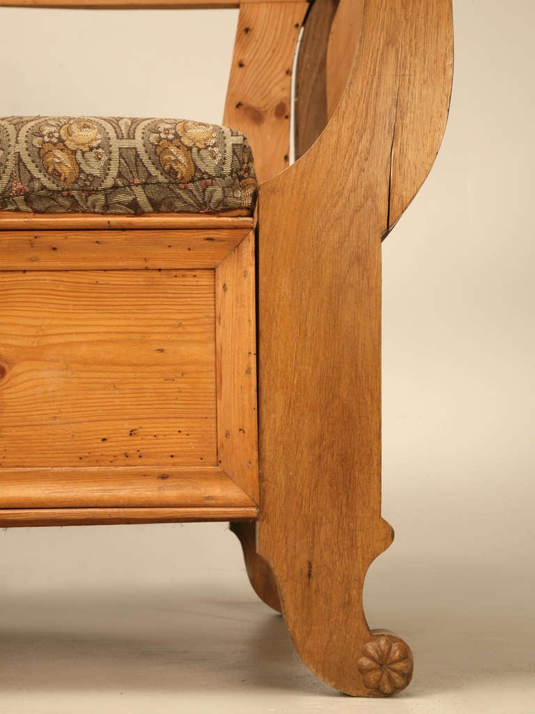 19th C. Danish Pine Sleeping Bench W/Curves in All the Right Places 8