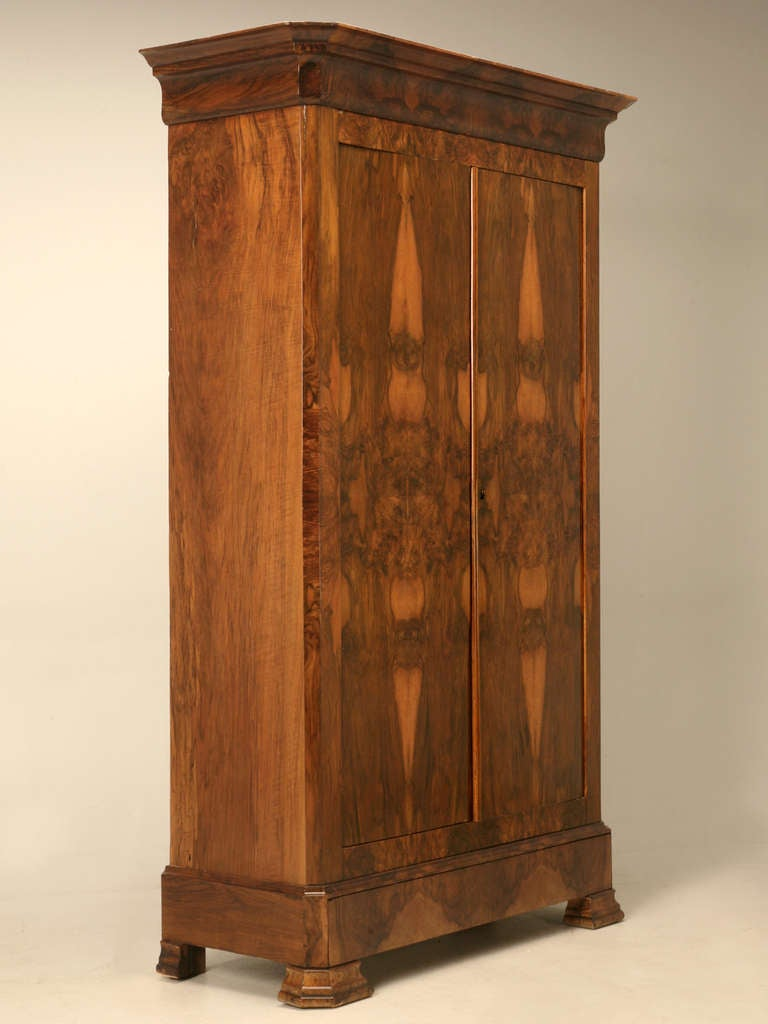 french louis philippe burl walnut armoire for sale at 1stdibs. Black Bedroom Furniture Sets. Home Design Ideas