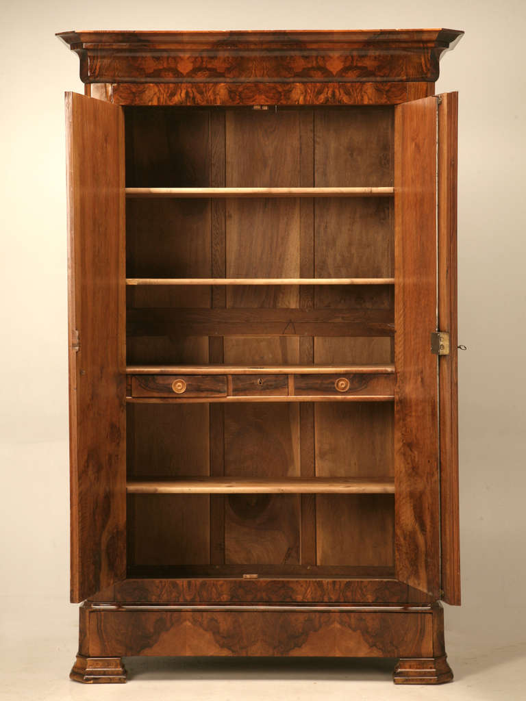 french louis philippe burl walnut armoire at 1stdibs. Black Bedroom Furniture Sets. Home Design Ideas