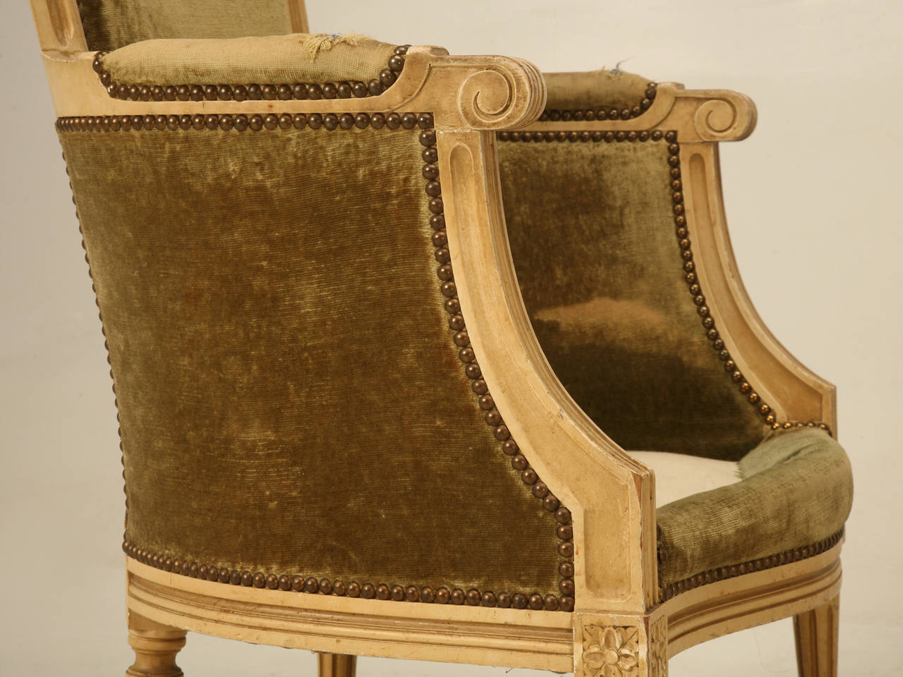 Mid-20th Century Louis XVI Style Bergere Chairs in Original Paint For Sale