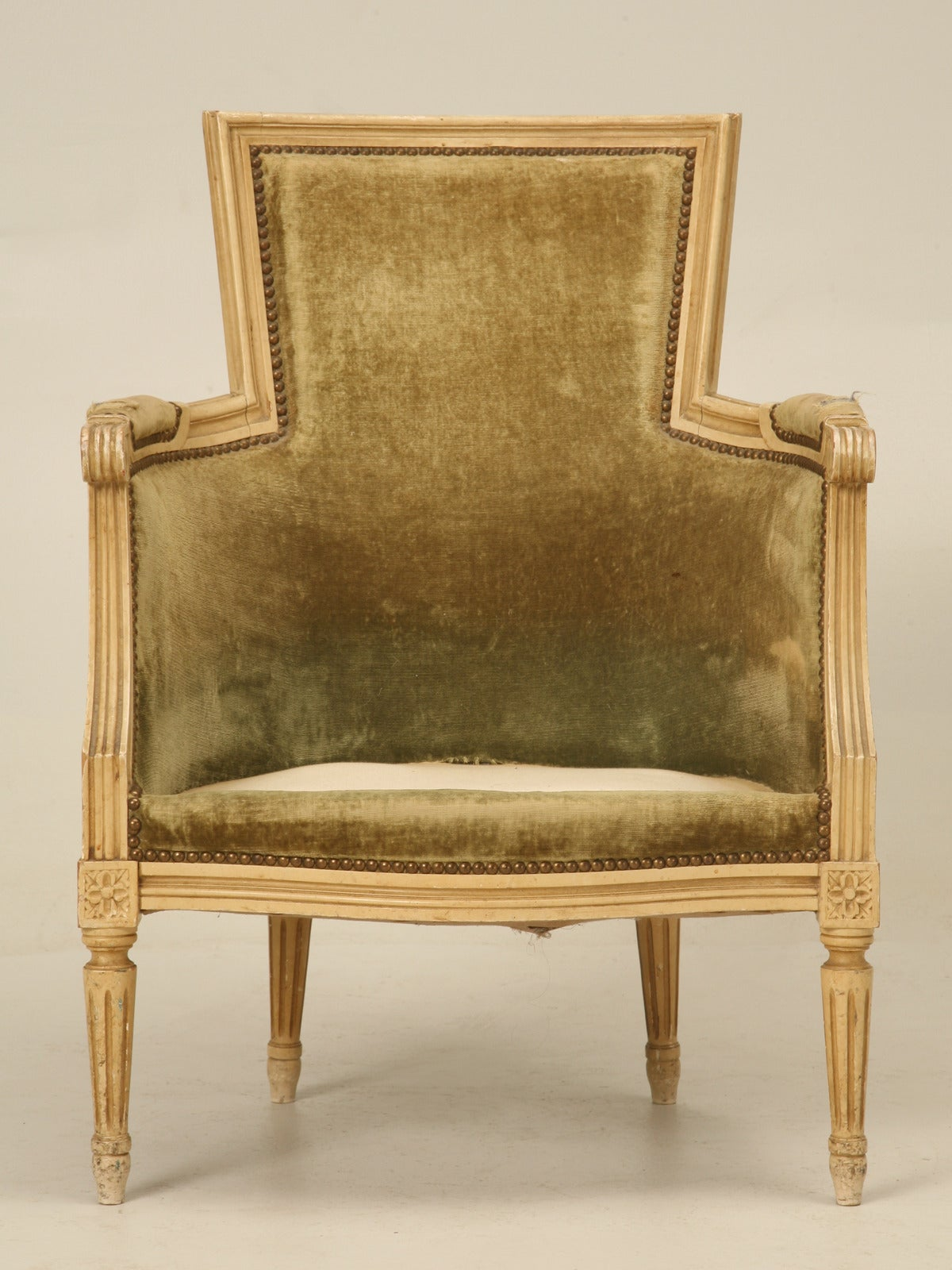 Louis XVI Style Bergere Chairs in Original Paint For Sale 3