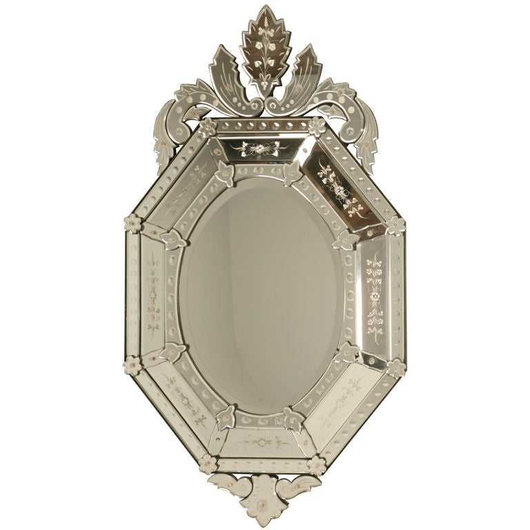 Vintage italian venetian style octagonal mirror at 1stdibs for Old style mirror