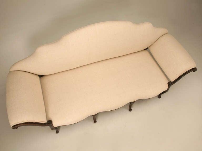 Restored 18th Century Italian Venetian Carved Walnut Sofa 4