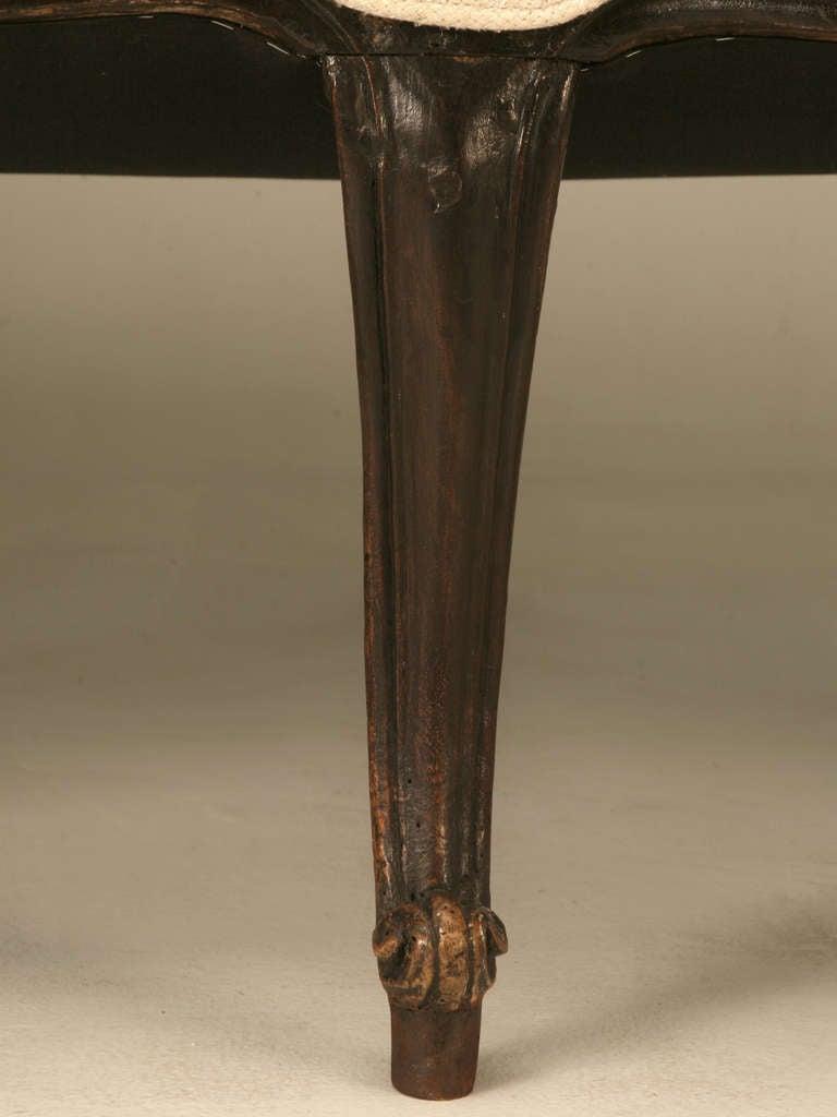 Restored 18th Century Italian Venetian Carved Walnut Sofa 9