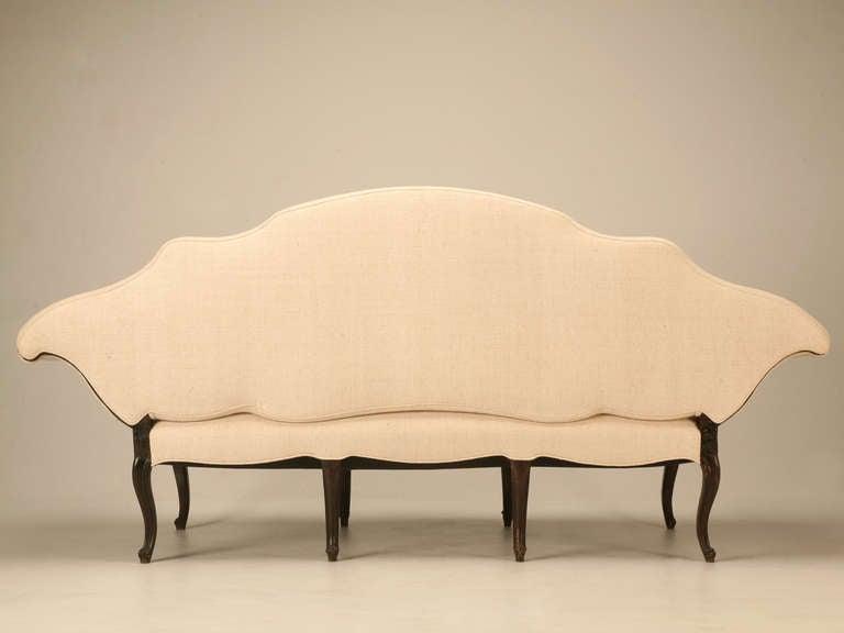 Restored 18th Century Italian Venetian Carved Walnut Sofa 10