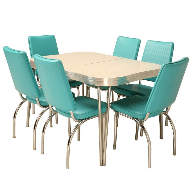 Awesome vintage american dinette set table 2 leaves 6 chairs at 1stdibs - Retro dining room chairs ...