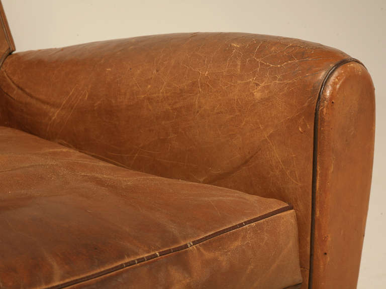 Pair of French Leather Club Chairs, circa 1930s For Sale 3