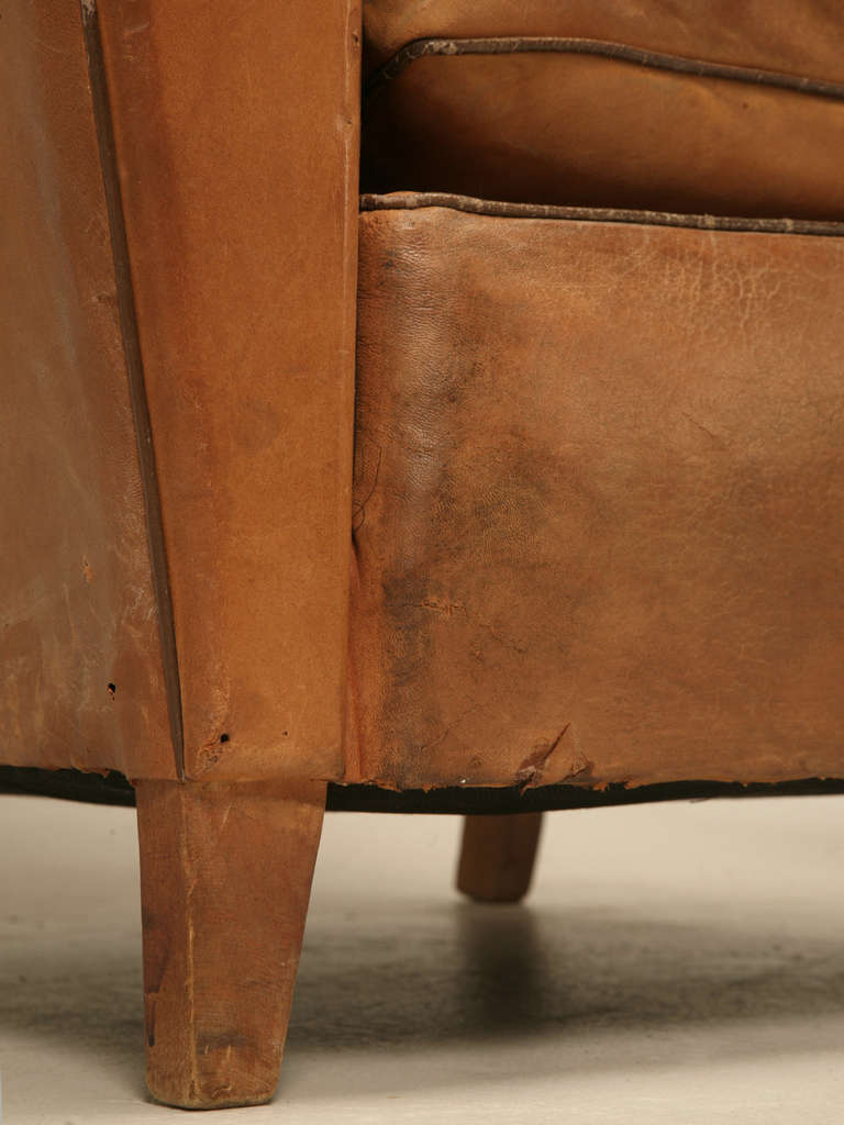 Pair of French Leather Club Chairs, circa 1930s For Sale 4