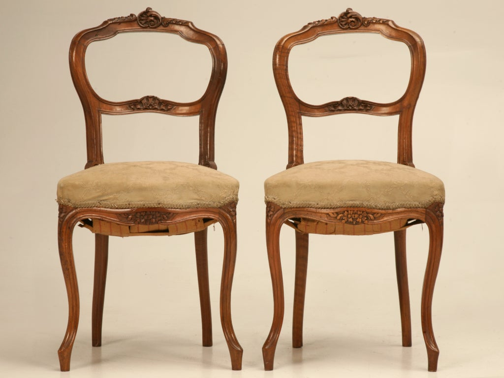 This hand painted hepplewhite style chairs is no longer available - Petite Antique French Rococo Side Chair In Walnut At 1stdibs