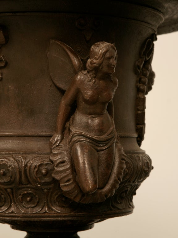 Magnificent Pair of Italian Iron Winged Maidens Urns Fitted as Lamps For Sale 3