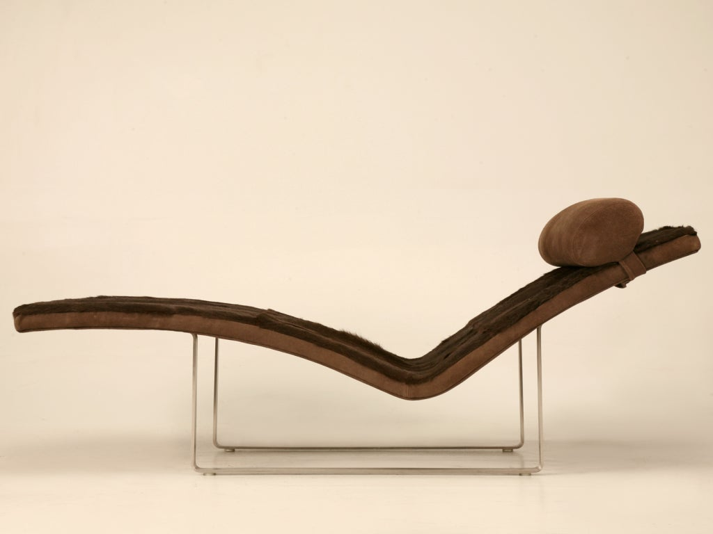 Vintage french ultra modern v shaped chaise lounge w for S shaped chaise lounge chairs