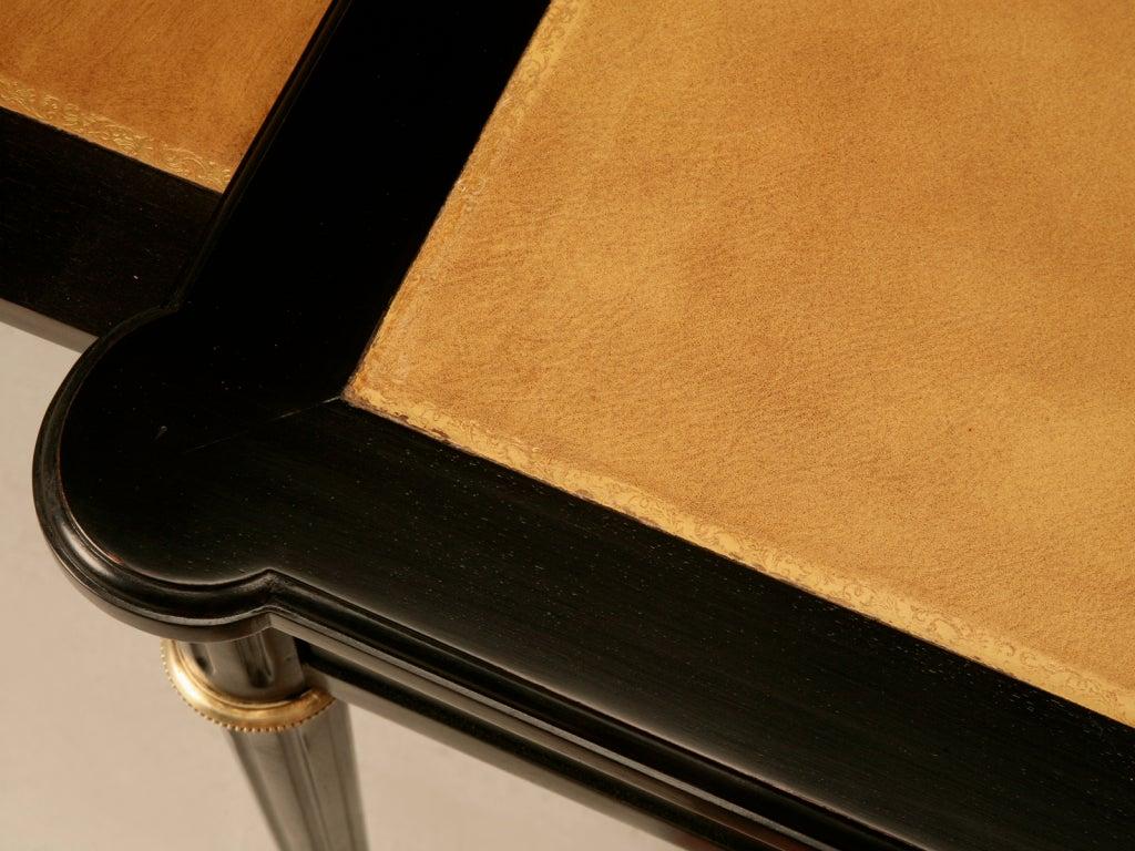 Elegant French LXVI Ebonized Mahogany 3 Drawer Bureau Plat/Desk In Good Condition For Sale In Chicago, IL