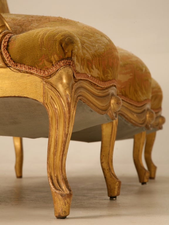 Antique French Gilded Louis XV Style Settee For Sale 3