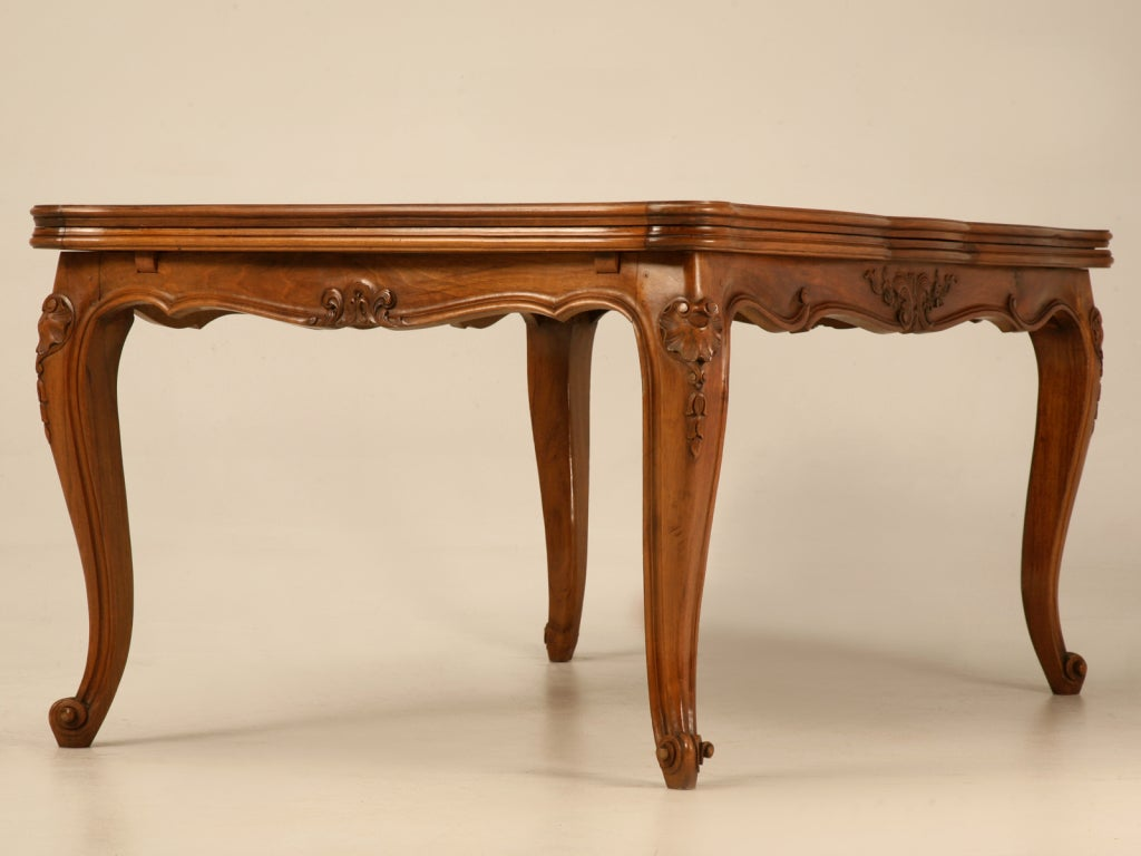Extra large vintage italian rococo walnut draw leaf dining for Large kitchen tables with leaves