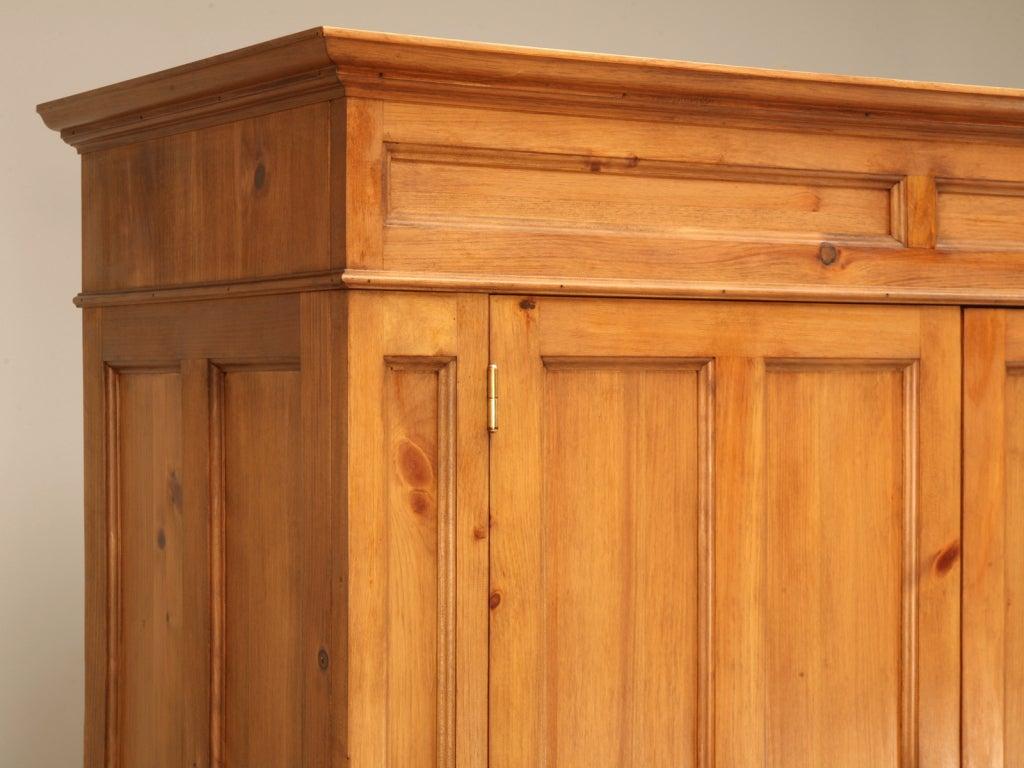 Handsome Handmade English Pine 4 Door Over 8 Drawer
