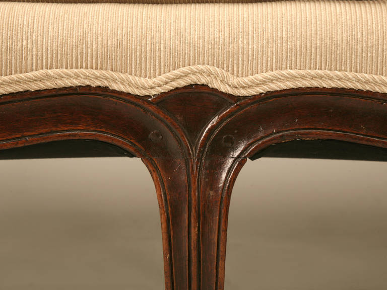 Louis XV Style French Walnut Sofa For Sale 3