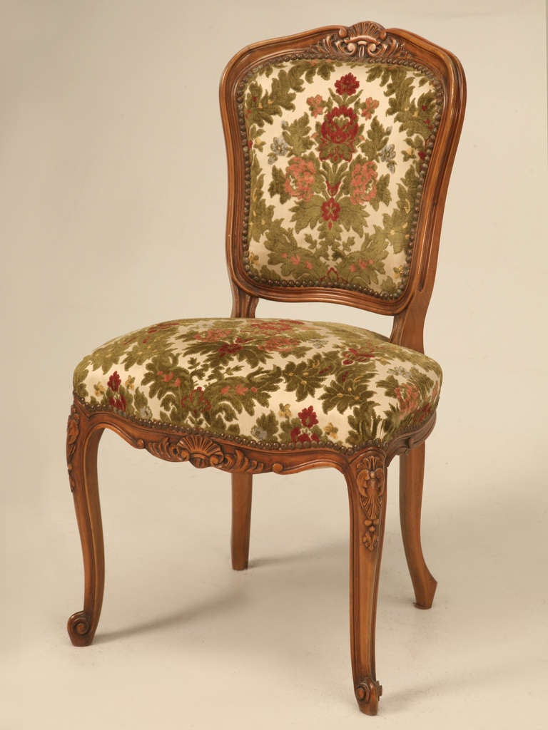 French Louis XV Cherry Dining Chairs c1940s at 1stdibs : j1556b08l from www.1stdibs.com size 768 x 1024 jpeg 71kB