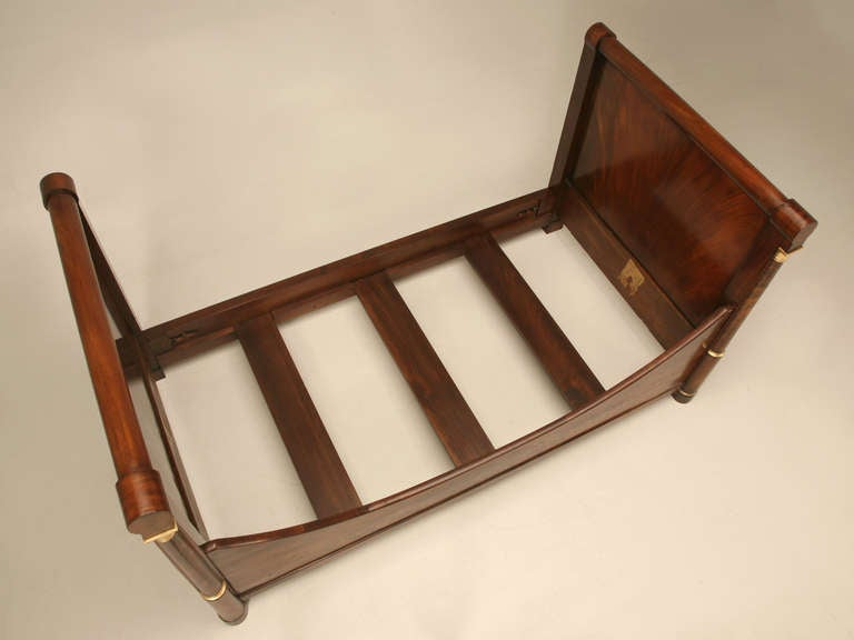 Circa 1850 Antique French Empire Flame Mahogany Daybed For Sale 2