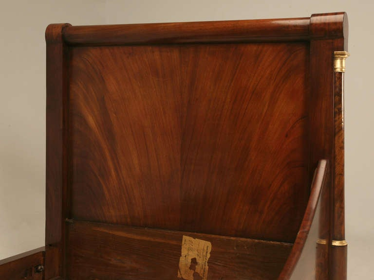 Circa 1850 Antique French Empire Flame Mahogany Daybed For Sale 5