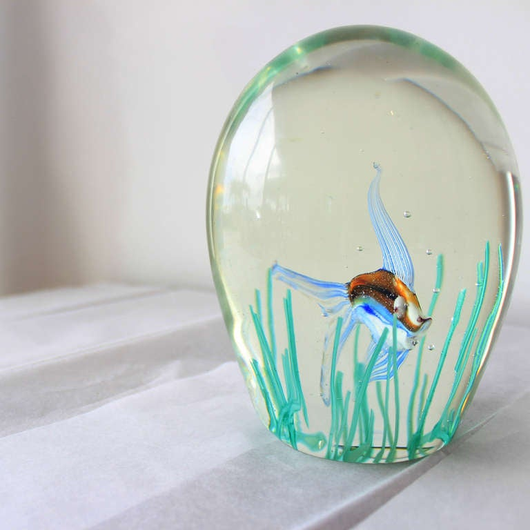 murano glass aquarium paperweight for sale at 1stdibs. Black Bedroom Furniture Sets. Home Design Ideas
