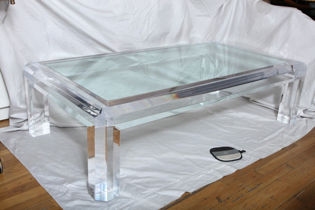 Clear Acrylic Coffee Tables
