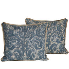 Pair of Vintage Fortuny Fabric Cushions in the Mazzarino Pattern