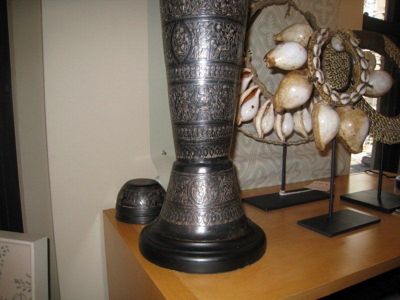 Pair of Italian Bronze Lamps 4