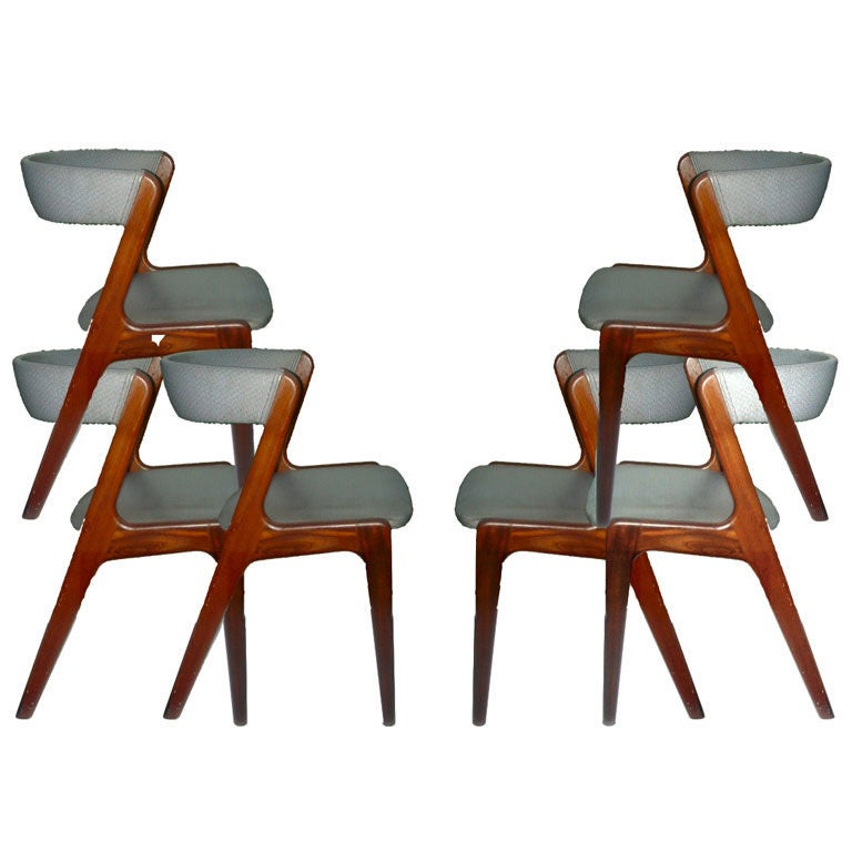 Six vintage danish modern dining chairs at 1stdibs for Retro modern dining chairs